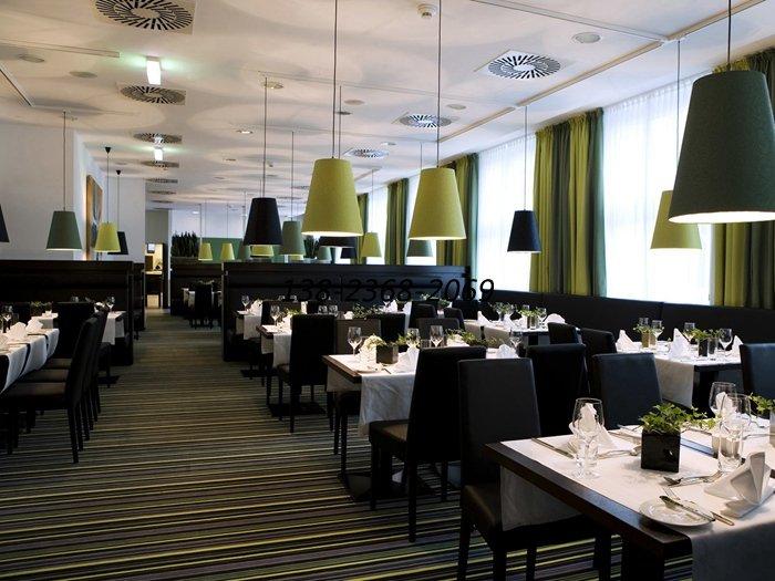 西餐厅桌椅摆放,西餐厅餐具摆放图片图片